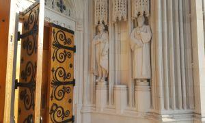 Robert E. Lee statue removed at Duke Chapel