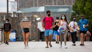 students wearing masks on duke campus